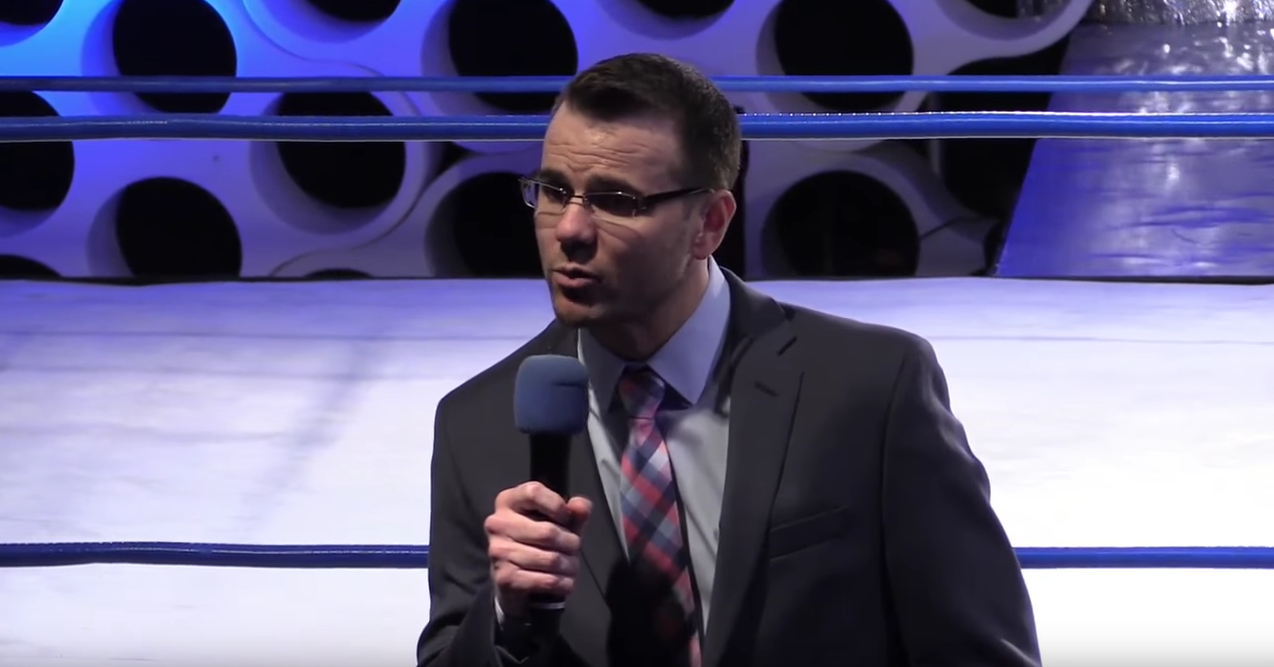 Mike Quackenbush stands in front of the ring shortly before the start of CHIKARA Counting Backwards in Philadelphia on the fifth of November 2016