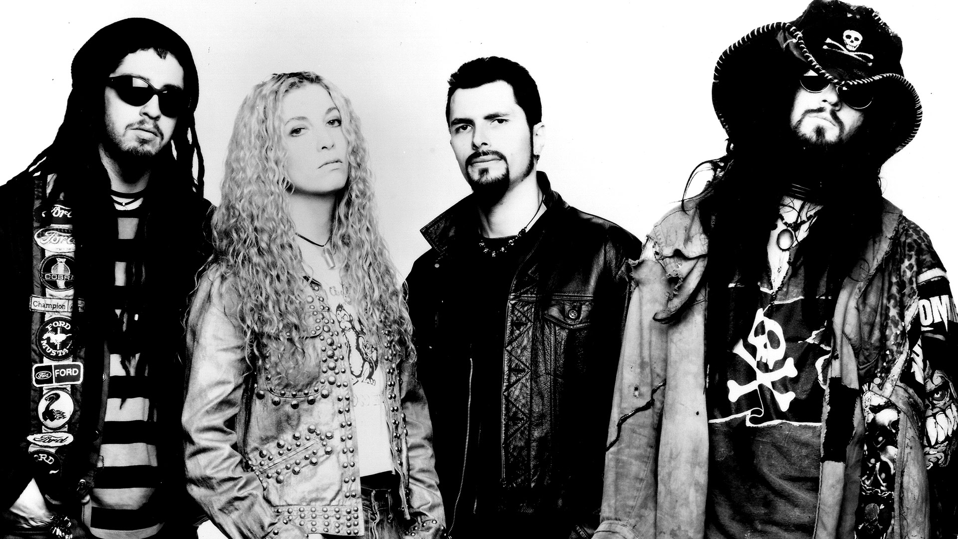 A picture of the band White Zombie circa 1995
